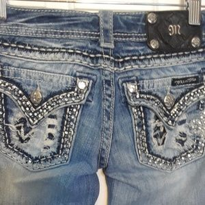 24x24 MISS ME WOMEN'S JEANS PREOWNED